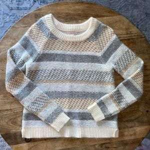 Women's thick knitted sweater